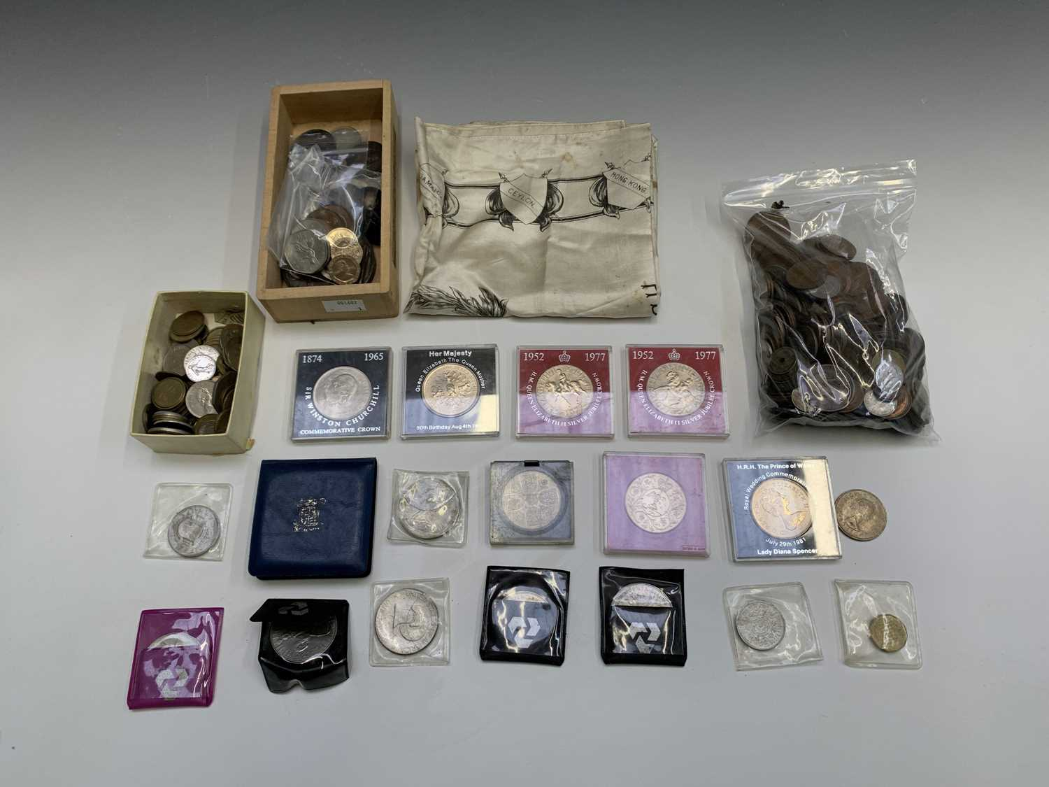 Lot 5-Coins, bank notes & medallions: Comprising a...