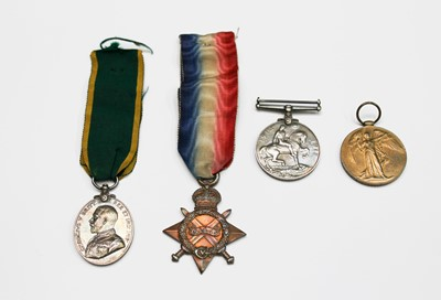 Lot 207 - Medals: A group of 4 World War One medals to...