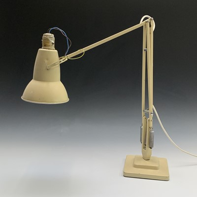Lot 14-A Herbert Terry Anglepoise lamp, cream finish, on ...