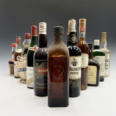 Lot 20-A selection of vintage bottles of Gin,...