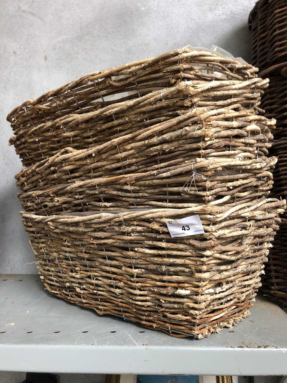 Lot 43 - Five rectangular wicker baskets