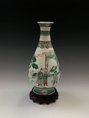 Lot 6-An impressive large Chinese famille verte...