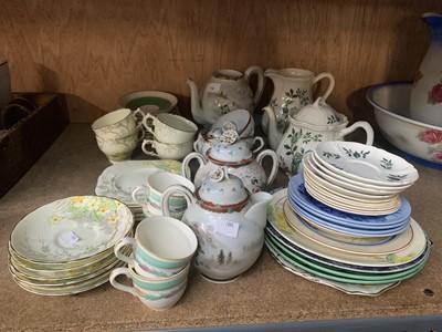 Lot 12-A Wedgwood 'Green Leaf' pattern tea-pot and...