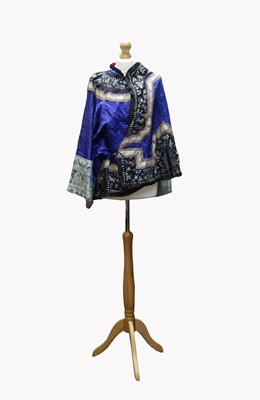 Lot 42-A Chinese silk embroidered jacket, Qing Period,...