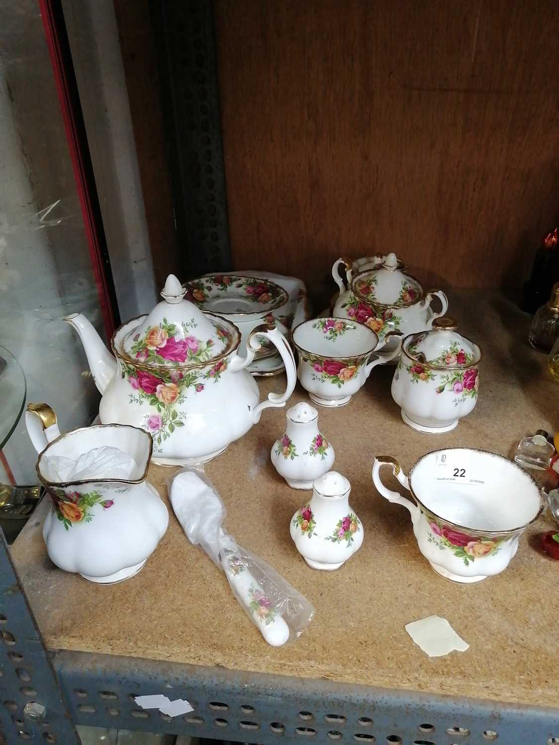Lot 22-A collection of 'Royal Albert Old Country...