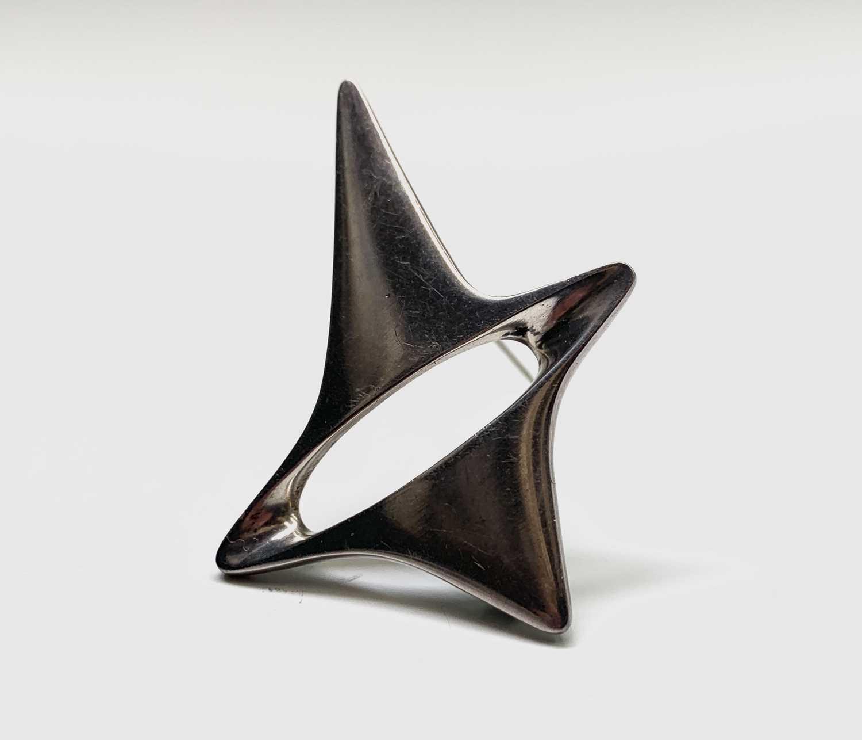 Lot 15 - A Georg Jensen silver brooch shape 339...