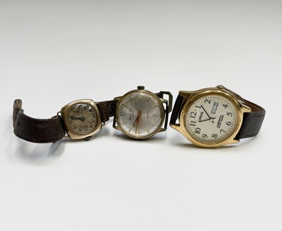 Lot 94 - A ladies 9ct gold cased watch with Buren...
