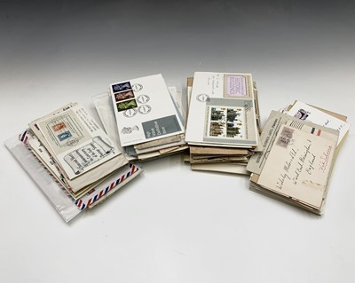 Lot 322 - GB and World Covers - plastic box containing...
