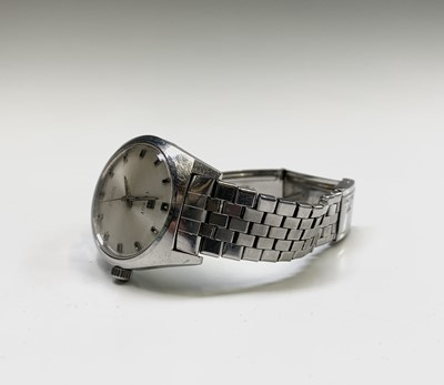 Lot 239 - A gentleman's stainless steel Tissot automatic...