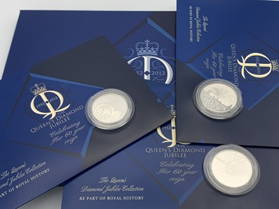 Lot 8 - 2012 Queen's Diamond Jubilee silver crown size...