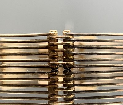 Lot 89 - A Mexican 14ct three colour gold six-bar gate...