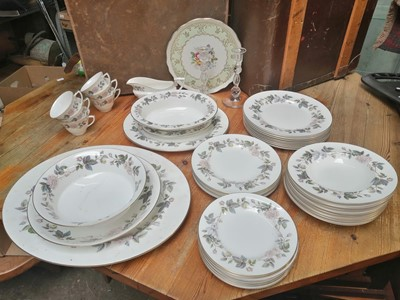 Lot 15 - Royal Worcester 'June Garland' service,...