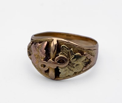 Lot 220 - A Black Hills two-colour 14ct gold ring with...