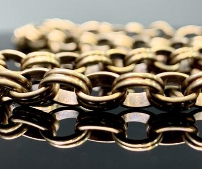 Lot 40 - A 9ct gold belcher link necklace 56cm 32.5gm