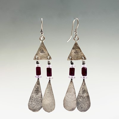 Lot 99 - A pair of Guy Royle silver and stone earrings,...