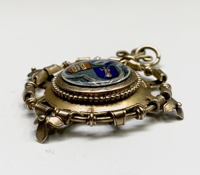 Lot 228 - An impressive matt silver-gilt jewel with...