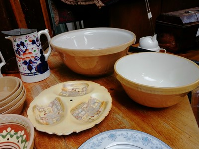 Lot 13 - A large Mason Cash and Co mixing bowl and...