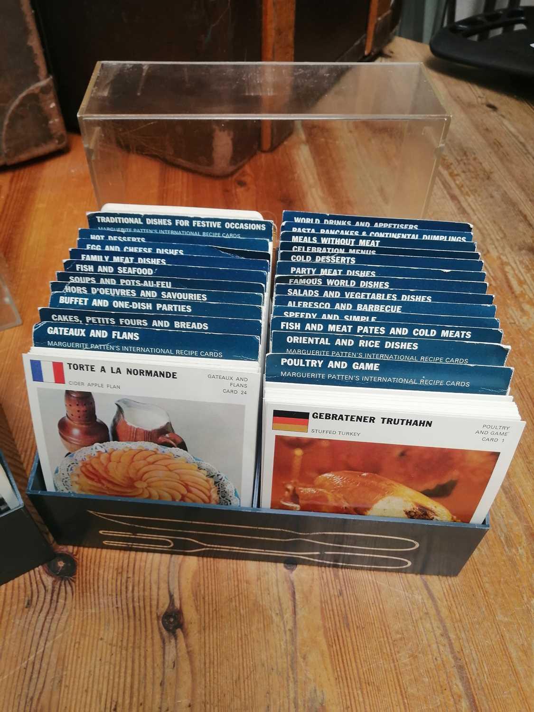 Lot 14 - Vintage Marguerite Patten's recipe cards by...