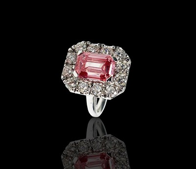 Lot 144 - A rare and valuable 3.16ct pink diamond ring,...