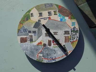 Lot 21 - Sarah LEGGE A clock and a tide clock