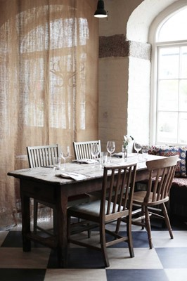 Lot 84 - A supper for two at The New Yard Resturant...