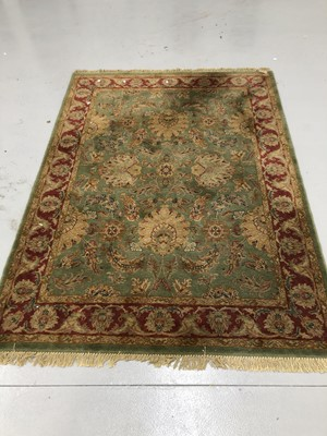 Lot 9 - Wool carpet 170cm x 240cm