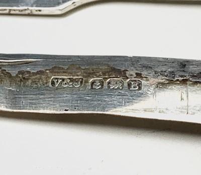 Lot 1067 - A Georgian silver folding fruit knife and...