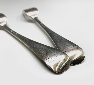 Lot 1029 - A part suite of Hanovarian rat tail silver...