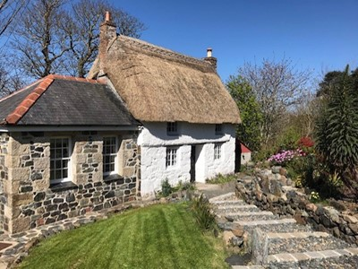 Lot 88 - A one week stay for three at a holiday cottage...
