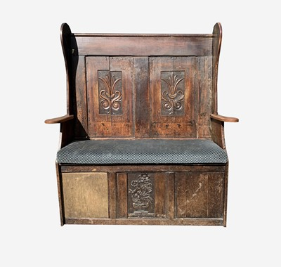 Lot 43 - An oak and elm settle, 19th century, the back...