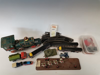 Lot 7 - A box containing 'Matchbox' and 'Dinky' toys,...