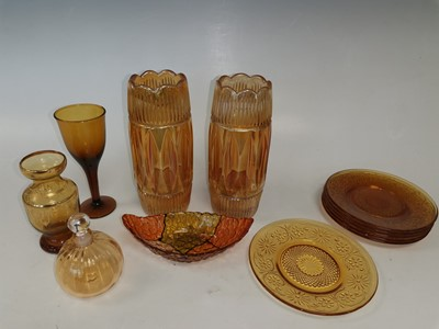 Lot 26 - A pair of carnival glass vases, 'Indiana'...