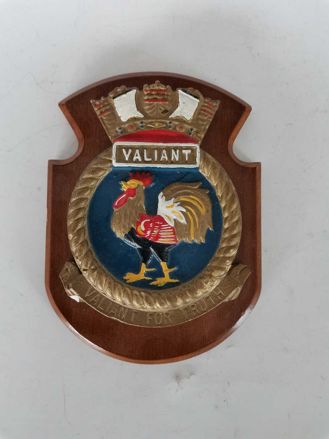 Lot 48 - A HMS Valiant 'Valiant For Truth' crest plaque.