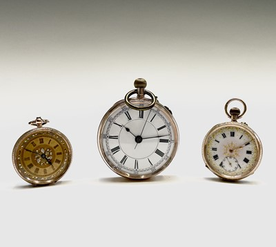 Lot 5 - A 9ct gold cased open face keyless pocket...