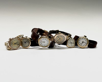 Lot 93 - A 9ct ladies gold wristwatch on 9ct gold...