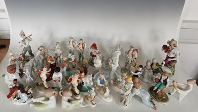 Lot 95 - 'Hollohaza' and 'Aquincum' Hungarian porcelain...