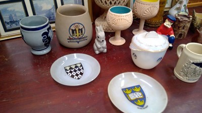 Lot 40 - Miscellaneous, including a glass bowl and...