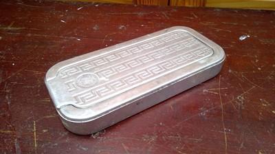 Lot 17 - A vintage Rolls razor wet shaving tin.
