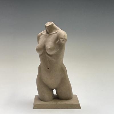 Lot 1051 - Alec WILES (1924) Female Torso Ciment fondu...