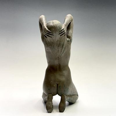 Lot 1069 - Alec WILES (1924) Kneeling Nude Ciment fondu...
