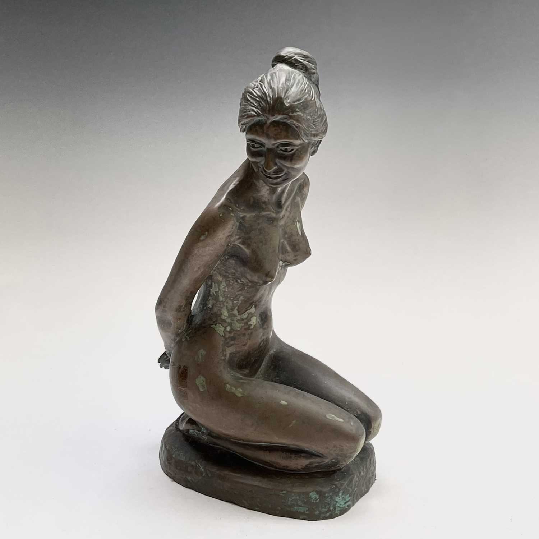 Lot 1072 - Alec WILES (1924) Kneeling Nude Bronzed resin...