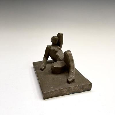 Lot 1092 - Alec WILES (1924) Reclining Nude Ciment fondu...
