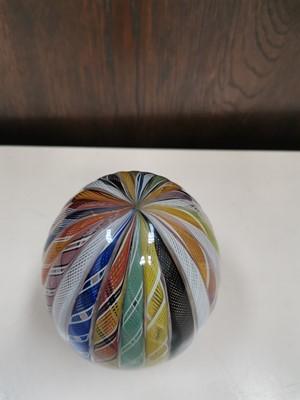 Lot 1 - A 'Murano' glass ribbon art egg, height 14cm.