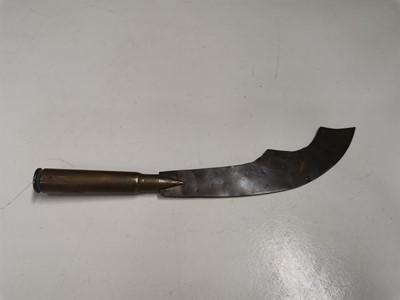 Lot 4 - A WWI trench art Gurkha knife.
