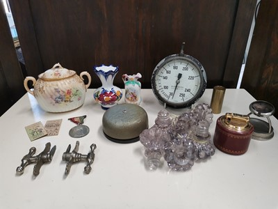 Lot 31 - An eclectic mix of items including a...