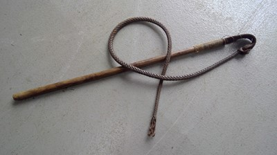 Lot 8 - A leather whip, with cane handle, approx 175cm.