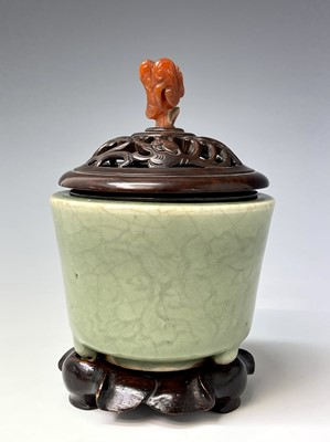 Lot 308 - A Chinese longquan celadon censer, Song/Yuan...