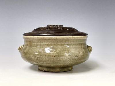 Lot 314 - A Chinese longquan celadon censer, Yuan/early...