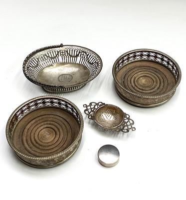 Lot 67 - A George III silver pierced sweetmeat basket...