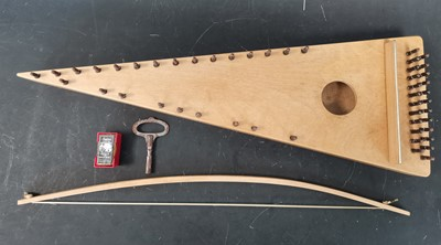 Lot 20 - A handmade bowed Psaltery Zither.